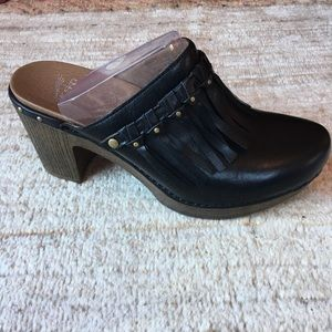 Dansko Deni Black Leather Mule Clog Sz 41 NEW